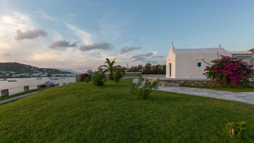 Weddings in Mykonos_Private Chapel_Santa Marina a Luxury Collection Resort Greece